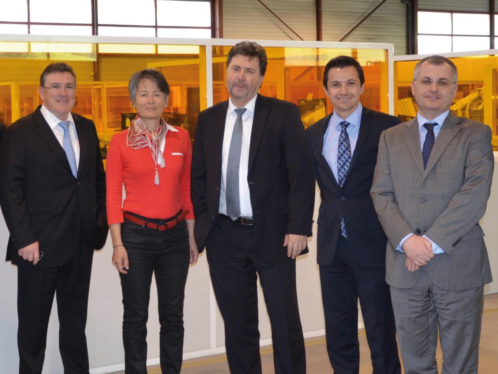 Visite de Patrick Piedrafita, le président d'Airbus Opérations, Mme HA-MINH-TU Cécile et M. KATZENMAYER Didier