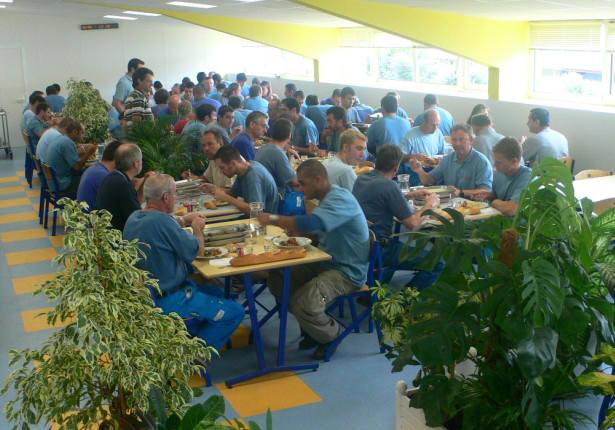 2006 OUVERTURE DU RESTAURANT D'ENTREPRISE DU GROUPE LAUAK