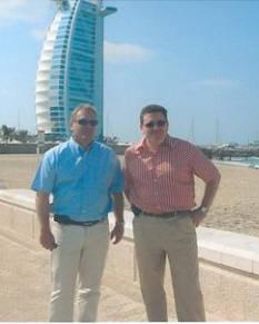 Jean-Marc CHARRITTON et M. Jean-Robert LUC, manager du chantier de modernisation des Mirages 2000-9.